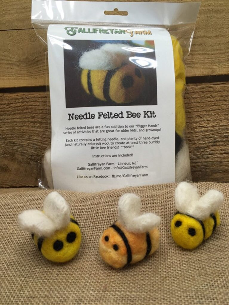Bumble bee needle felting kit for beginners
